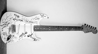 "Fender Stratocaster ""Reach out to Asia"""