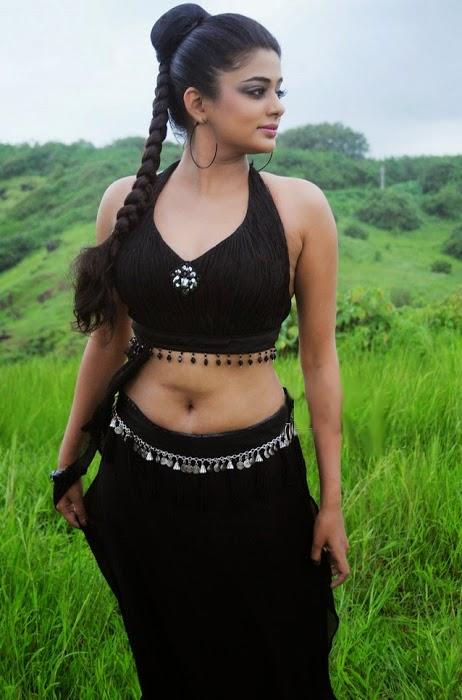 Priyamani's Hot Photoshoot HD Wallpaper #Priyamani