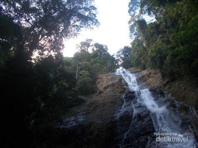 14 Tempat Wisata Air Terjun Pemandian Alam Pemandian Air Panas Danau Di Sekitar Banjarmasin Hulu Sungai Selatan Hulu Sungai Tengah Hulu Sungai Selatan Banjar Tabalong Balangan Tanah Bumbu Kalimantan Selatan