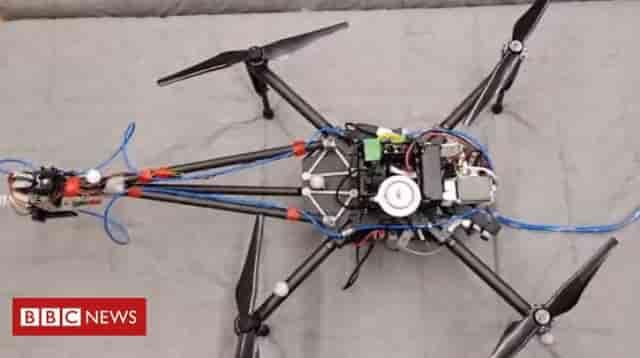 Drone φτιάχνει γκράφιτι