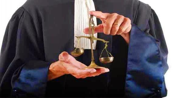 لا يحق لأي قاض طرد المحامي أو توقيفه