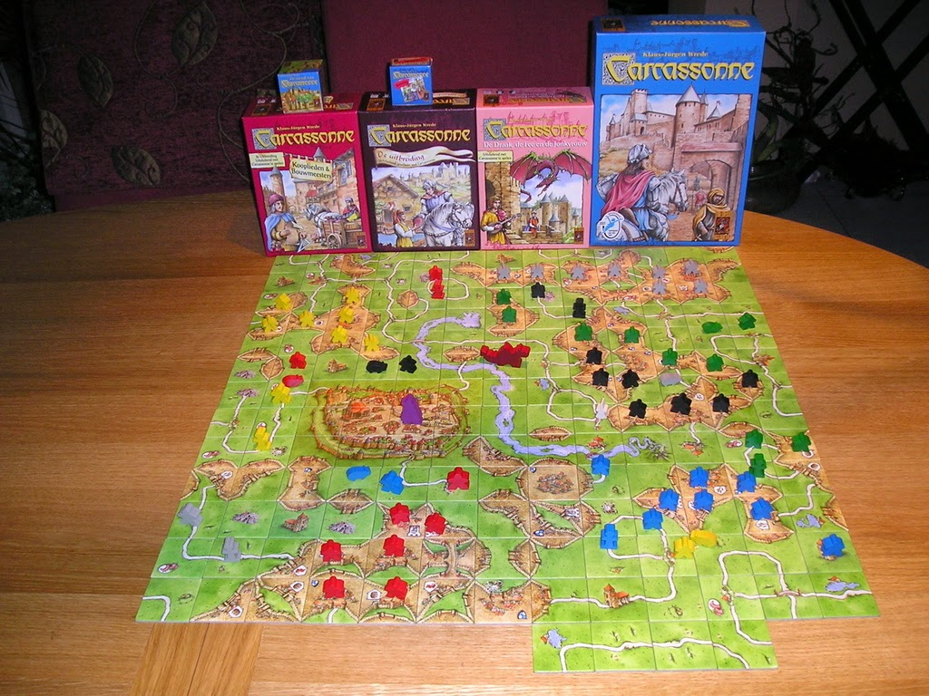 http://boardgamegeek.com/boardgame/822/carcassonne