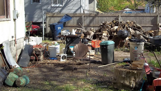 Why Should You Hire the Residential Junk Removal Services?