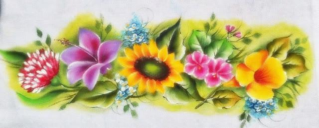 como pintar flores em tecido