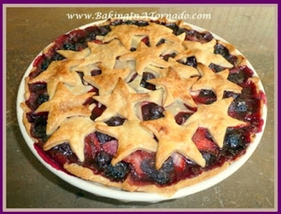 Mixed Berry Pie | www.BakingInATornado.com | #recipe