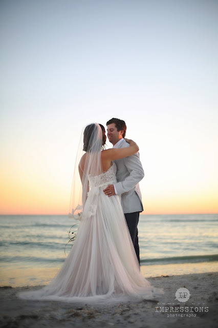 wedding couple on the beach at casa ybel