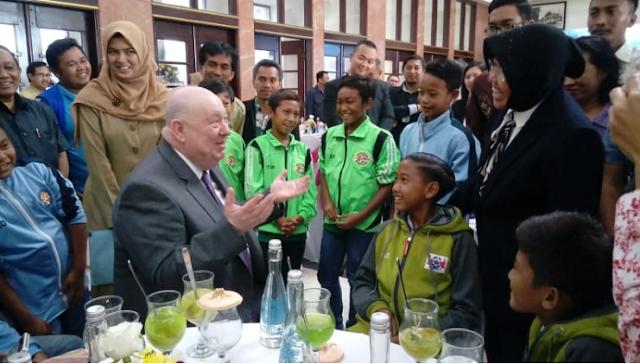 Supriadi Pemain Timnas Indonesia U-16 Mendapatkan Hadiah Sekolah Di Liverpool.