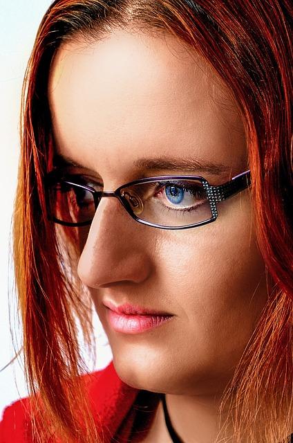 द्रष्टि दोष के लिए आँखों का चश्मा लद्रष्टि दोष के लिए आँखों का चश्मा लगाएं-Put Eyes Glasses for Visual Defectगाएं
