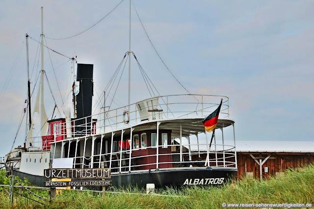 Museumsschiff Albatros im Ostseebad Damp