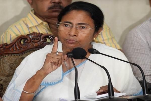 Singur awaits land handover to farmers from thursday