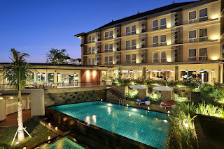 Hotel Jobs - Steward and Some Trainee at  Golden Tulip Essential Denpasar