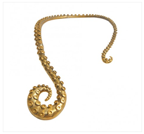Colar cobra, tentáculo e polvo da Mariah Rovery usado pela Atena em A regra do jogo