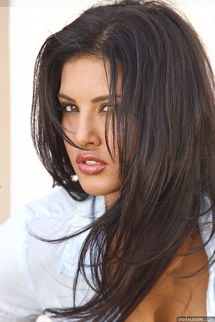 Sunny Leone In Her Sexiest Mood Ever - 34 Hot Photoshoot-3029