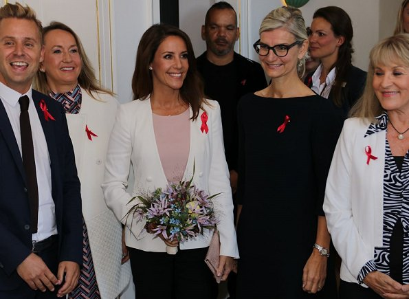 Danish Princess Marie wore Emporio Armani-Stretch Viscose Tricotine Jacket and pink top at Kurhotel Skodsborg