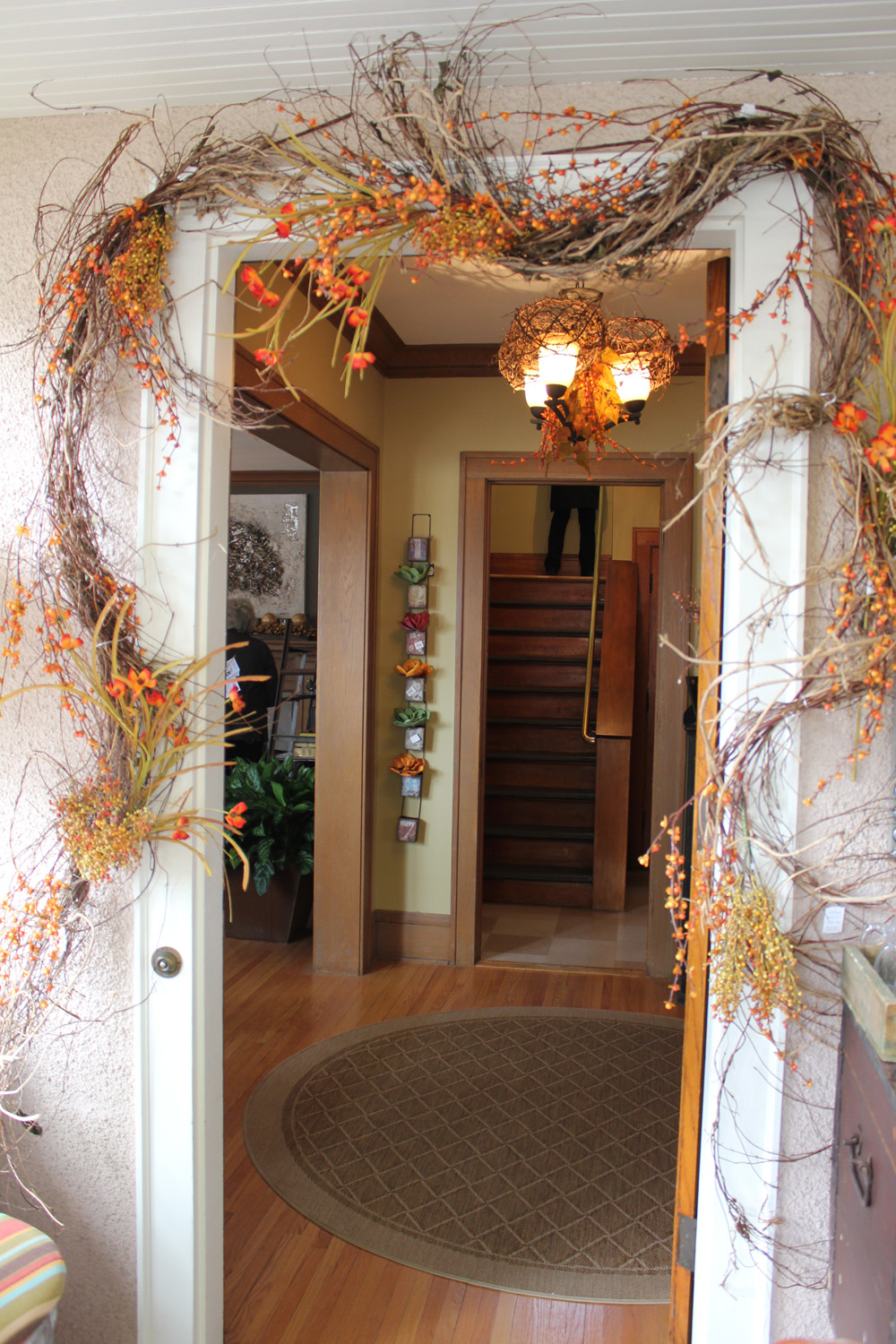 A Visit to the Bachman's 2012 Fall Ideas House... - Itsy ... on Vine Decor Ideas  id=17871