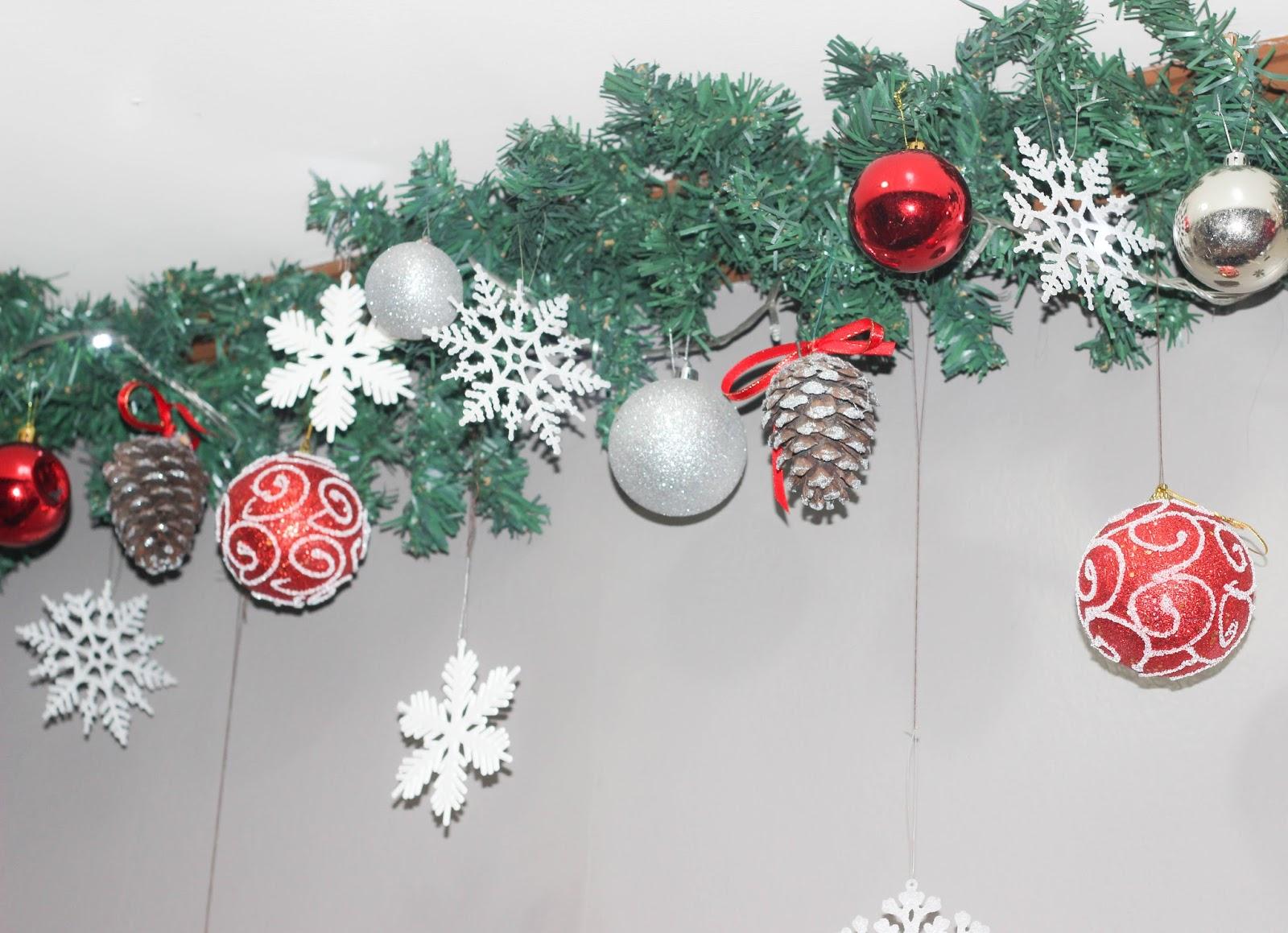 Affordable Christmas DIY Decors + Free Printable | Mayen\'s Corner
