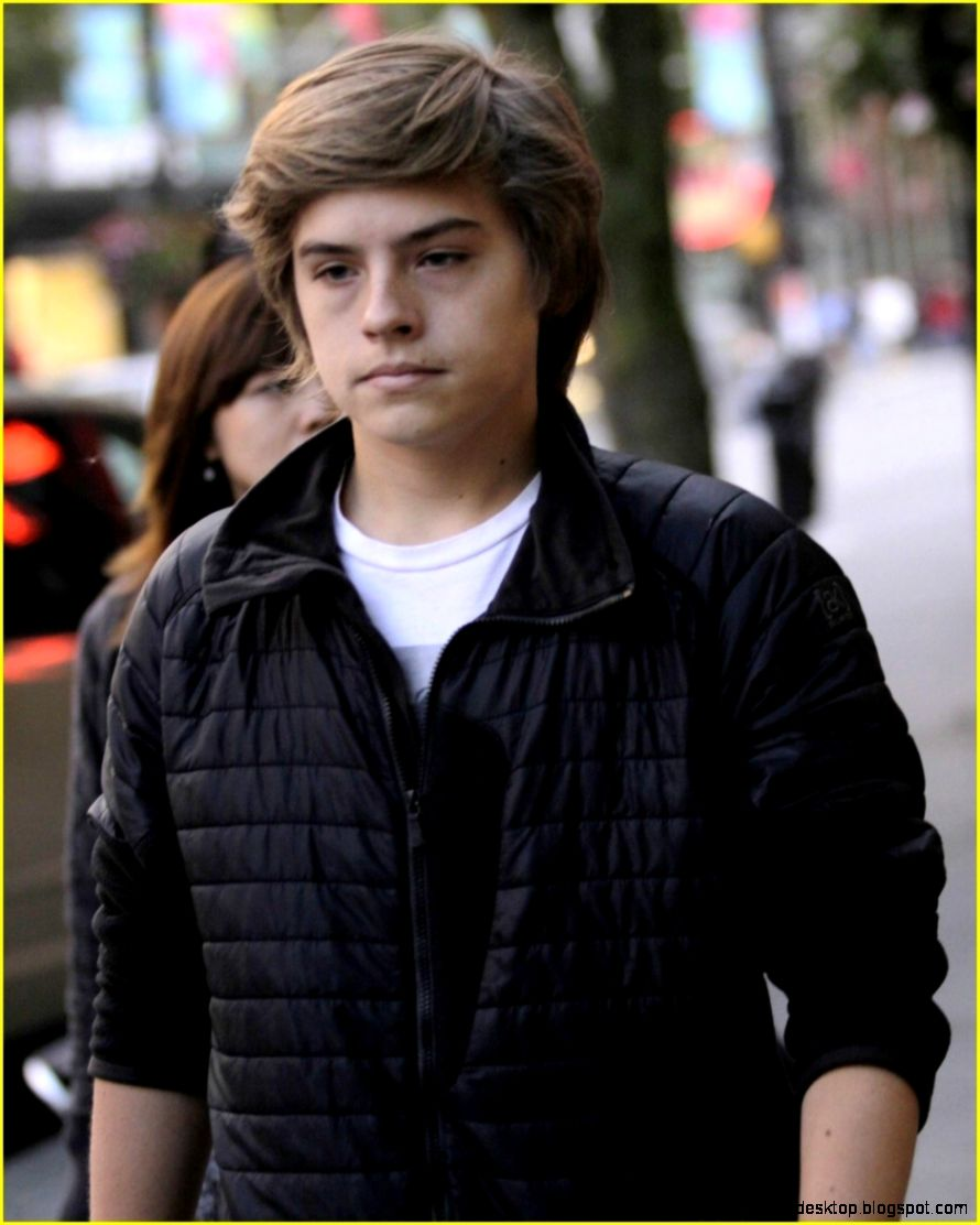 Dylan Sprouse Naked Pictures