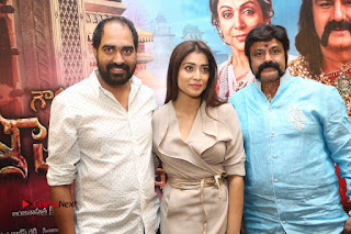 Shriya Saran Nandamuri Balakrishna at Gautamiputra Satakarni Team Press Meet Stills  0214.JPG