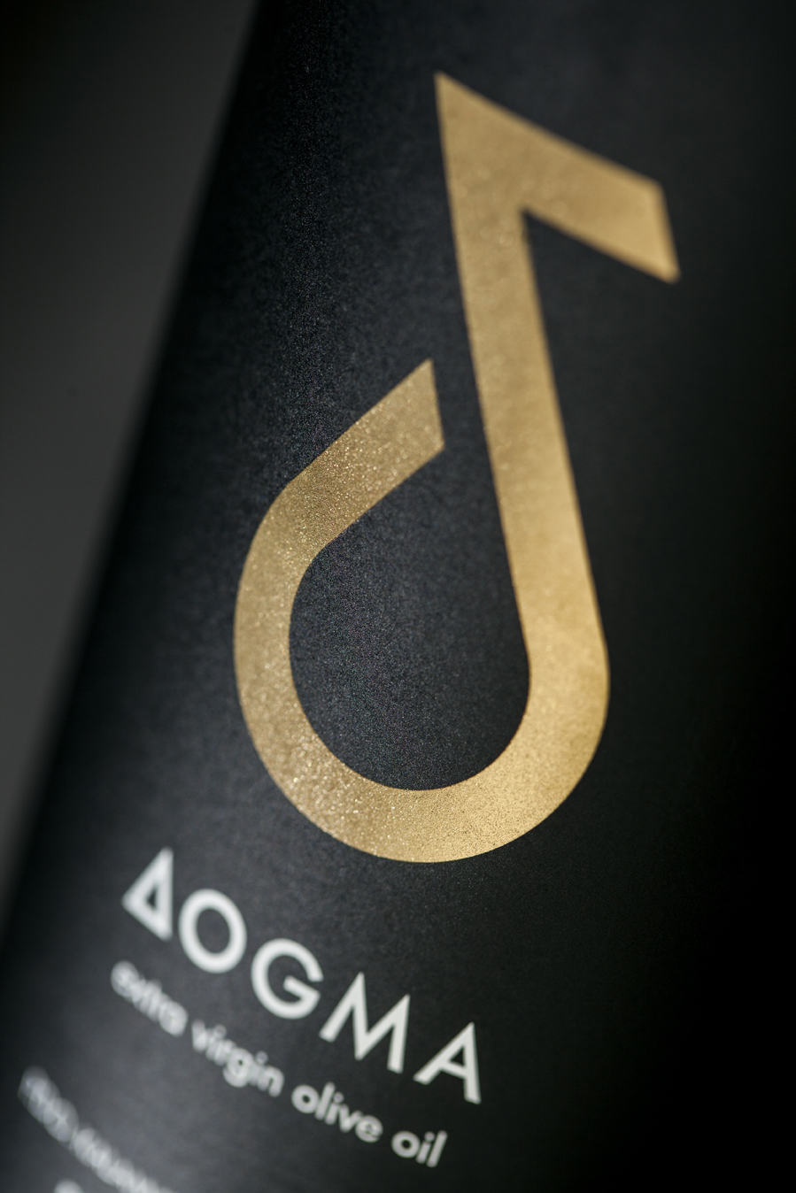 """kalamata mature singles Our exceptional wines mature under ideal conditions in the wine cellar of the company in french oak barrels for at least one year, in order to acquire their rich """"body"""" culminating to the peak of their aromatic bouquet and strength."""