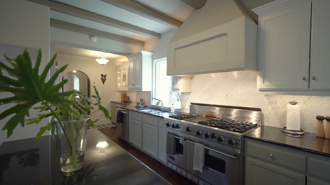25 Interior Design Photos vs. 500 E Olmos Dr, San Antonio Luxury Home Tour