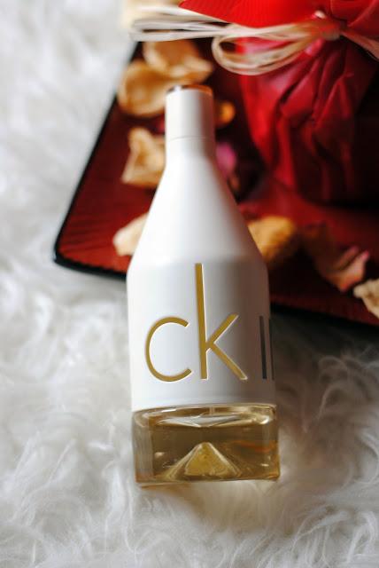 Perfumy Calvin Klein In2U kompozycja
