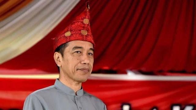 Jokowi Soal Antek Asing: Demo Saya Dong di Depan Istana