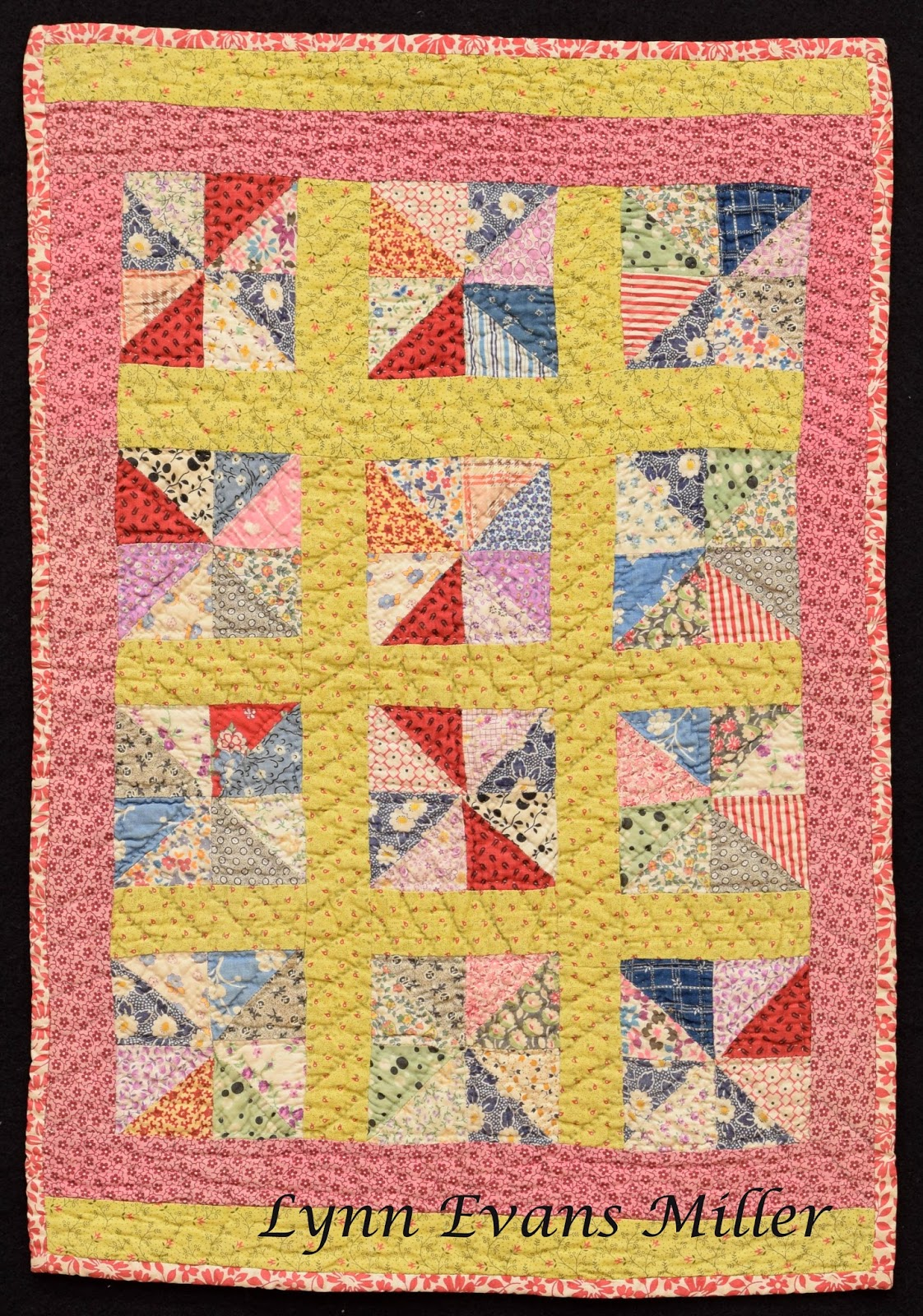 Quilts vintage and antique doll and small antique quilts for What to do with an old quilt