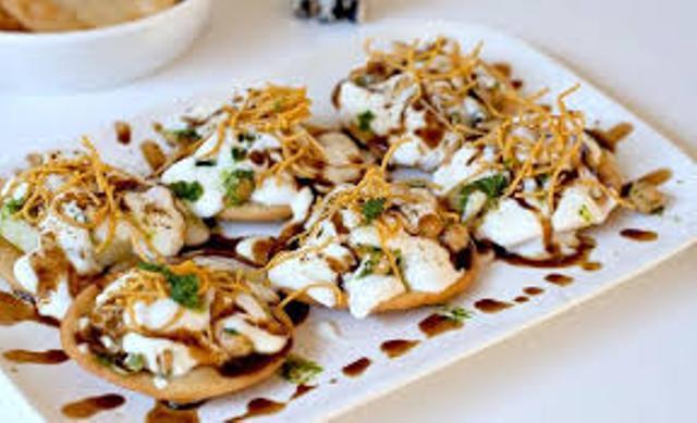 http://www.indianlazizkhana.com/2016/08/tastey-papadi-chaat-recipes-in-hindi.html