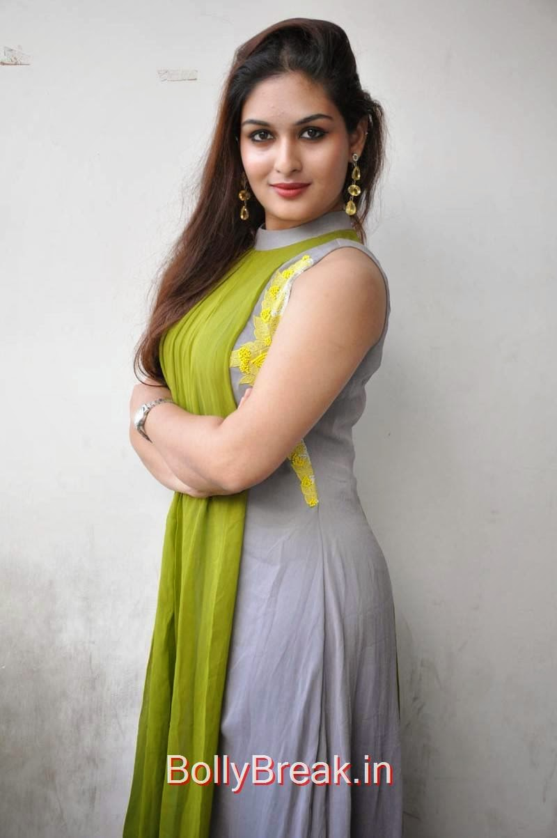 Tollywood Actress Prayaga Martin, Actress Prayaga Martin Hot HD Images in Green dress