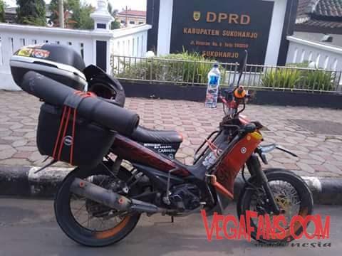Vega ZR Warna Merah Modif Touring Full Dengan Box