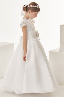 http://www.mariacommunion.com/organza-ball-gown-cap-sleeves-bows-floor-length-communion-dress-p-50.html