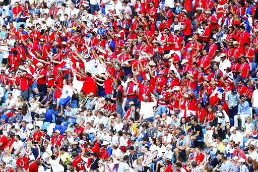 Thua thảm ĐT Anh, Panama vẫn ăn mừng như vô địch 5