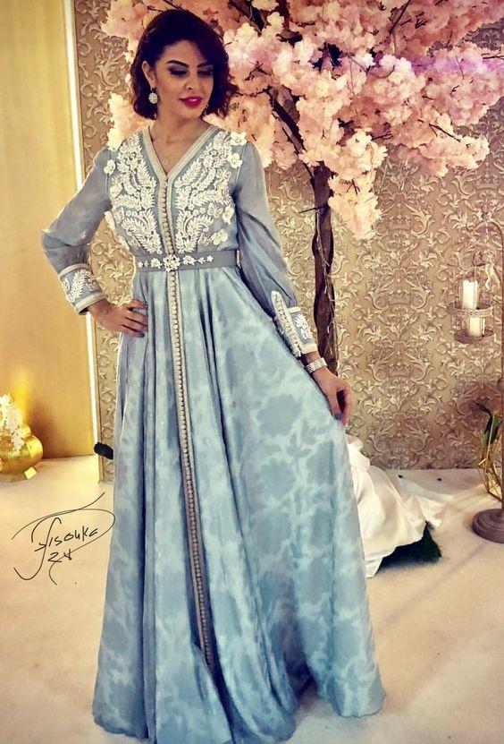b130c7c2c50 Abonnez vous sur notre site boutique vente caftan Paris spécialiste en  confection sur mesure de robes orientales haut de gamme en gros et en  détails