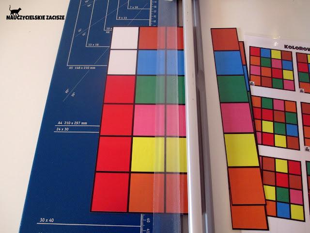 Kolorowe kwadraty układanka do pobrania za darmo