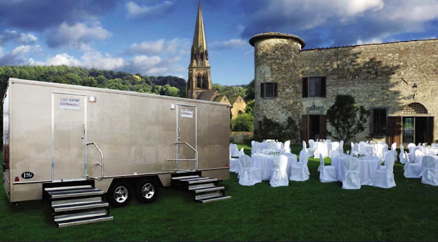 The Oxford Trailer - Restroom Trailers for Rent