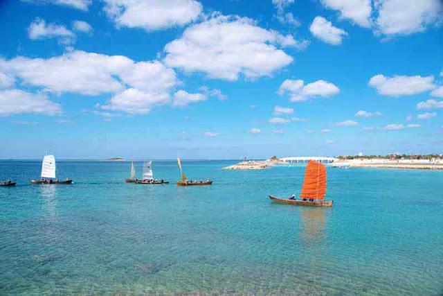 sailin sabani, Bibi Beach, Itoman, Okinawa