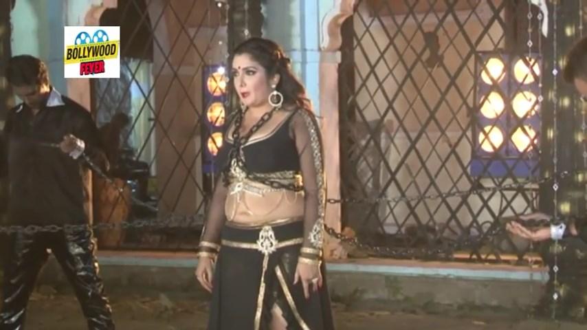 Actress Amrapali Dubeys Deep Navel - Sa - Television -4154