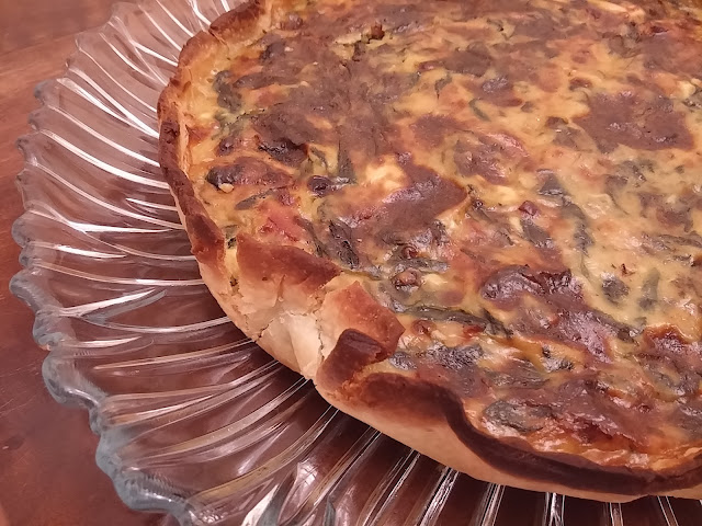 Quiche de espinacas con bacon y queso