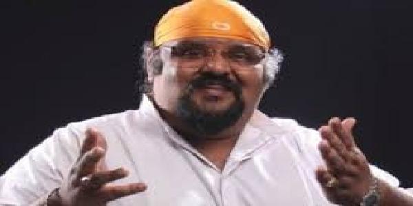 Bangali-gaayak-prateek-chaudhary-nahi-rahe