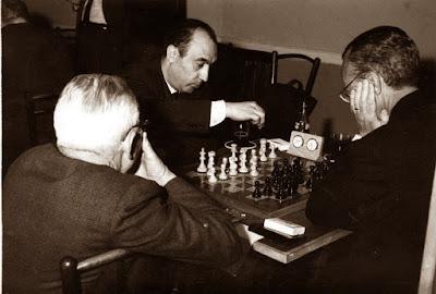 Partida Lladó-Calduch, 2ª ronda del I Torneo Nacional de Ajedrez de Granollers 1964 (1)