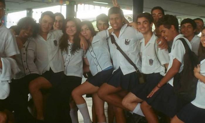 Colégio no Rio de Janeiro acaba com obrigação de uniforme escolar por gênero