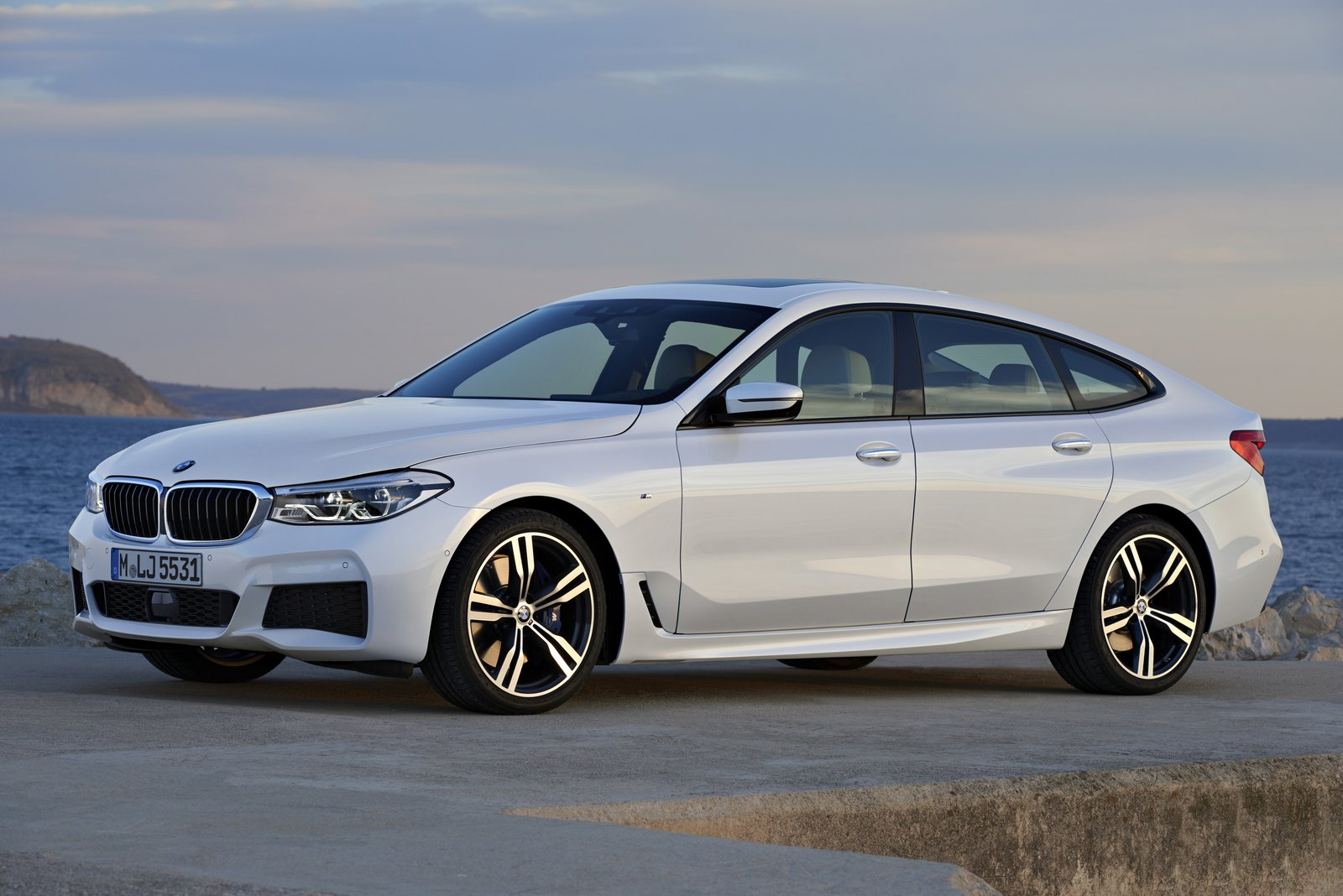 new bmw 6 series gran turismo is a 5 series with a big trunk priced from 69 700. Black Bedroom Furniture Sets. Home Design Ideas