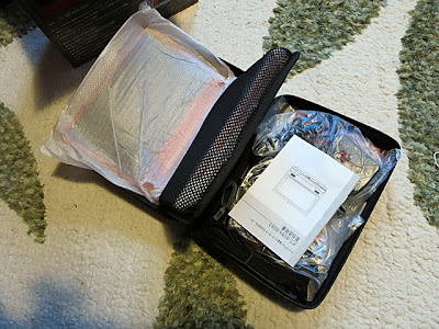 専用キャリーバッグの中に全て入っています