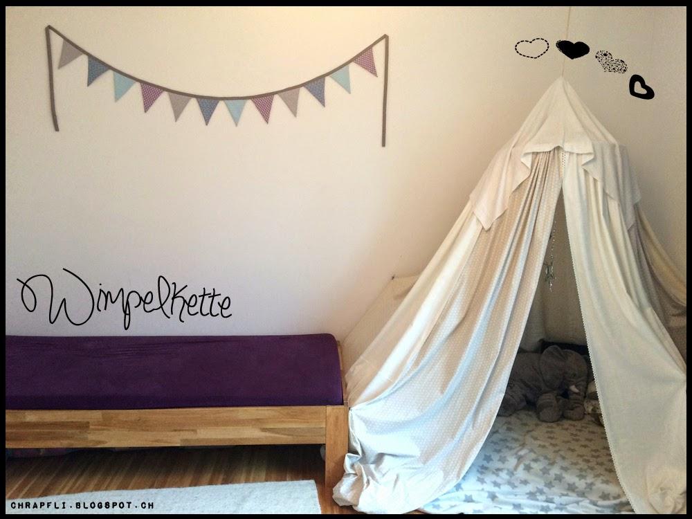 pinky frog wimpelkette im kinderzimmer. Black Bedroom Furniture Sets. Home Design Ideas