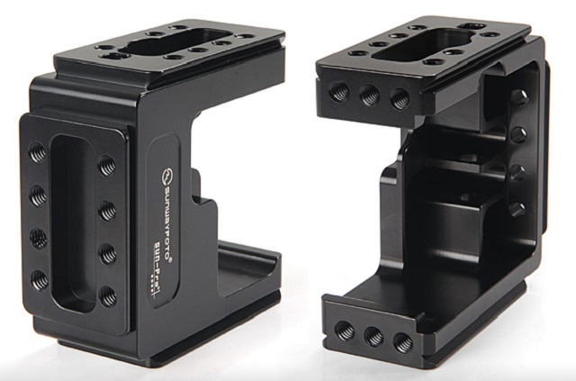 Sunwayfoto SUN-Pro+ Cage for HERO3+ top & bottom sockets detail