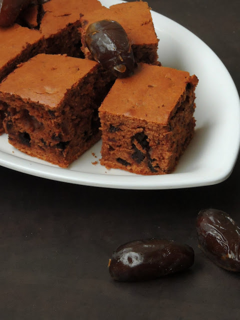 Dates Chocolate Cake, Dates & Chocolate Chunks Tray cake