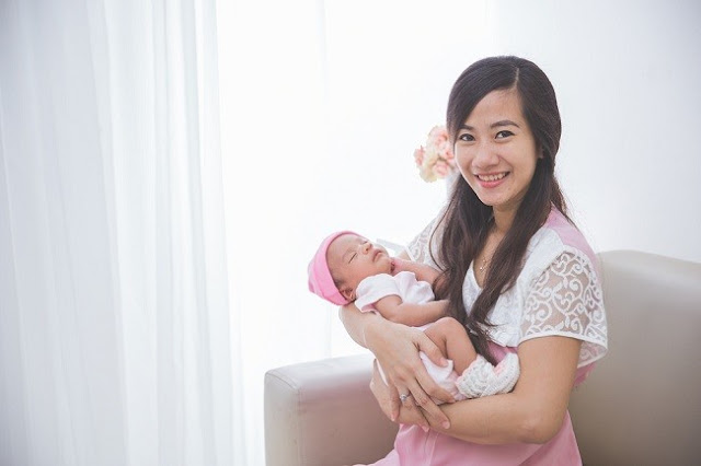 Buat Mama Muda, Berikut 5 Cara Menggendong Bayi yang Benar