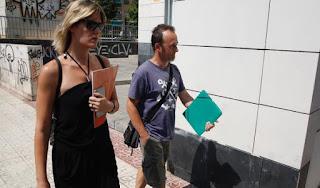 PARECE QUE LOS DERECHOS DE LOS VARONES ESPAÑOLES SOLO PUEDEN DEFENDERSE DESDE FUERA DE NUESTRAS FRONTERAS