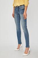 jeansi-de-firma-pentru-femei-5
