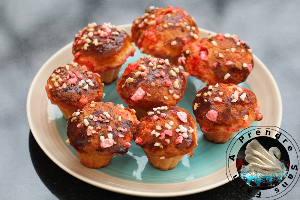 Briochettes aux pralines roses (pas à pas en photos)